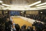 El ministro ruso de Asuntos Exteriores, Serguei Lavrov, uno de los principales negociadores, consideró como un error separar a Teherán de las conversaciones.
