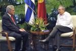 Los dos dirigentes intercambiaron ampliamente sobre diversos temas.