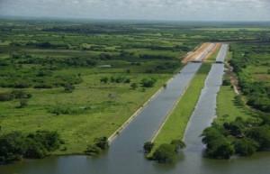 El proyecto de recuperación hidrúlica de la cuenca incluye varias presas y canales.