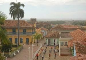 Alicia Garcia Santana destacó el aporte de las instituciones y el pueblo en la renovación de la legendaria villa.
