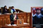 Nada puede compararse con la pérdida física del Comandante Hugo Chávez, dijo Maduro.