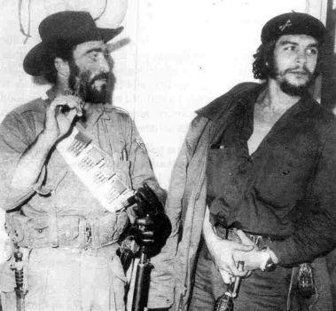 El Che y Bordón durante la toma de Cabaiguán.