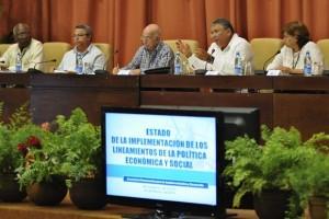 Murillo reiteró que solo el incremento de la producción podrá ir dando al dinero cubano su verdadero valor.