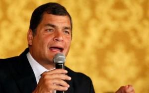 """Sabemos muy bien de dónde viene la violencia de esa derecha fascista que también quiere instalarse en Quito"""", dijo Correa."""