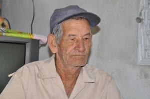 """Camilo me dijo, señalando para mi hermano: """"Si este es Cheo Manigua, tú puedes ser Manolo Matojo""""."""