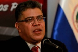 """Jaua: El gobierno declaró """"personas no gratas"""" y, en 48 horas deberán abandonar suelo venezolano."""