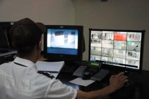 La instalación de cámaras de seguridad y la vigilancia a través de circuitos cerrados de televisión ha incidido en la disminución de hechos delictivos en varias instituciones del territorio.