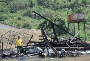 En el taller se fabrican fuegos artificiales para varias provincias del país. (Foto: Vicente Brito).