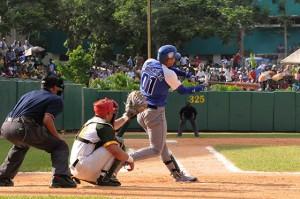 Yulieski sacó dos veces la pelota del parque Capitán San Luis pinareño y atesora 18 jonrones en la Serie.