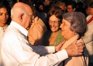 Las espirituanas Gloria Pérez y Nora Quintana recibieron la Orden Mariana Grajales de manos de Machado Ventura.