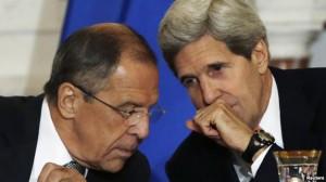 John Kerry, secretario de Estado norteamericano, y su homólogo de Rusia, Serguei Lavrov. Foto Archivo.