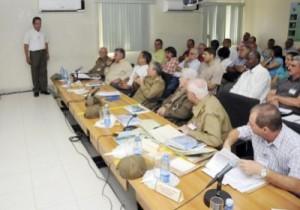 Antes de finalizar la reunión, el General de Ejército consideró que se ha realizado un gran esfuerzo, pero hay que seguir avanzando.