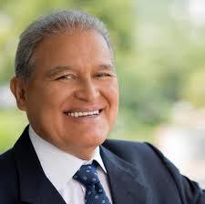 Salvador Sánchez Cerén fue proclamado como presidente electo del país.