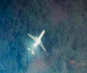 Boeing 777 de Malaysia Airlines, que desapareció con 239 personas a bordo, entre el sur del Mar de la China y el golfo de Tailandia.