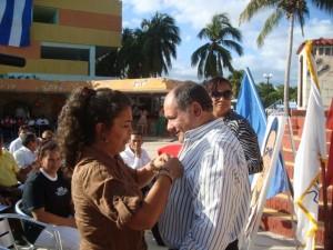Cuatro trabajadores destacados del turismo en la provincia recibieron la distinción Elpidio Sosa.