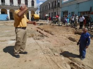 El trabajo de los arqueólogos es vital ahora porque ellos se van a ocupar de desenterrar toda esa gran estructura.