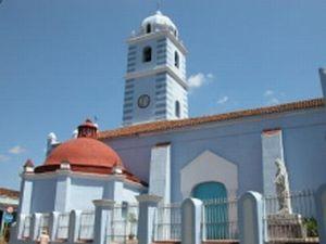 Vista exterior de la Iglesia Parroquial Mayor.