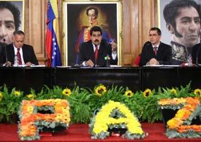 La Patria toda exige justicia e irán los criminales a la cárcel y pagarán los jefes golpistas el daño que le hacen al país, aseguró Maduro.