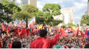 Maduro precisó que la oposición apuesta constantemente a golpes y contragolpes.