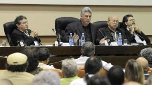 Díaz-Canel durante su intervención  en la sesión de trabajo del VIII Congreso de la UNEAC.