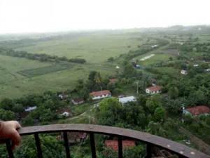 Con unos 250 kilómetros cuadrados de extensión, el Valle comprende a su vez los valles de San Luis, Agabama-Méyer y Santa Rosa, además de la llanura costera del Sur.