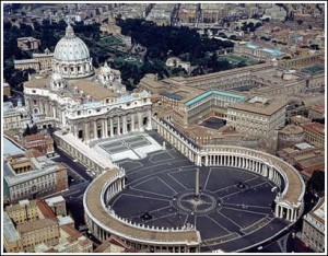 La iglesia católica celebra hoy un acontecimiento sin antecedentes en más de dos mil años de historia de esa institución.