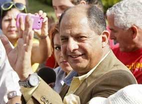 Luis Guillermo Solís, representante del Partido Acción Ciudadana.