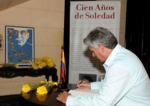 Díaz-Canel rindió homenaje al Gabo en nombre del Gobierno y pueblo de cubanos.