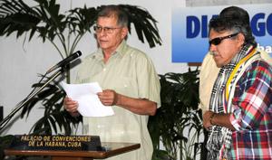 Las FARC-EP afirmaron que reducir los orígenes y la historia de la confrontación a decisiones de la guerrilla no es el camino para la reconciliación.