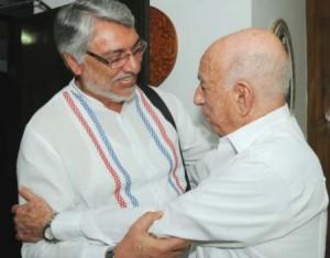 Machado Ventura explicó al visitante el estado de la marcha de los acuerdos aprobados en el VI Congreso del Partido y la I Conferencia Nacional de esa organización.