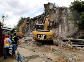 El terremoto de este jueves dejó al menos 266 heridos, un fallecido y más de 800 viviendas dañadas.