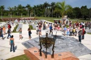 El Memorial Comandante Camilo Cienfuegos, un sitio de obligada visita para los brigadistas.