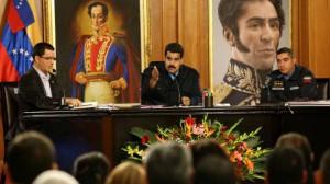 Maduro encabezó una reunión con alcaldes y gobernadores del país.