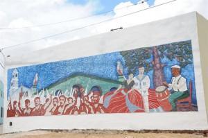 Los espirituanos colaboraron en la creación del mural en la comunidad de Jesús María. (foto: Vicente Brito)