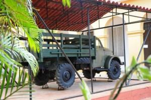 El camión Gaz-51 y la lancha rápida recibieron también restauración capital.