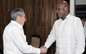 Raúl Castro se reunió con su homólogo haitiano Michel Martelly.