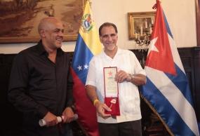 Vengo a agradecer en nombre de Los Cinco  todo el apoyo recibido de Venezuela en nuestra lucha, declaró René.