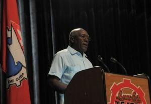 Salvador Valdés Mesa dio lectura al mensaje enviado por Raúl a los participantes en el VI Encuentro Sindical Nuestra América.