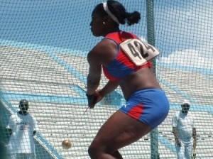 La martillista Yirisleydi Ford se impuso con registro 67.56 metros.