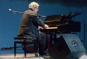 Una decena de obras de su autoría fueron interpretadas magistralmente durante el concierto efectuado en el teatro Principal.