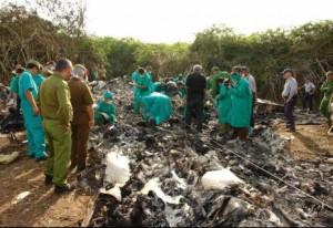 Tras el accidente aéreo en las proximidades de Guasimal se impuso la identificación de cadáveres y la obtención de huellas para establecer las causas del siniestro.
