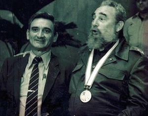 Fidel Castro y Eugenio George (izquierda).  (foto: Archivo de Cubadebate)