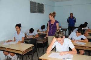 La enseñanza preuniversitaria constituye la más numerosa fuente de ingreso.