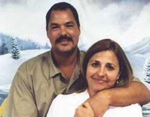 Este dos de junio Ramón y Elizabeth celebraron 24 años de casados.