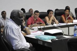 """Los legisladores de esas comisiones consideran que """"el país que viola constantemente los derechos de niños, niñas y mujeres no tiene autoridad moral para condenar a Cuba""""."""