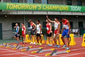 Yaniel Carrero (carril 2) previo a la primera carrera en los 100m. (foto: www.iaaf.org)