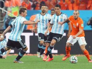 Argentina siguió adelante en el Mundial y se citó con Alemania en la gran final.