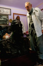 Fue un gesto sumamente amistoso, por parte del presidente Xi Jinping, el obsequio de un busto en bronce del Compañero Fidel que pesa 175 kilogramos, y que según este se parece más al Fidel joven, que al parecido de él con el busto. Foto: Alex Castro