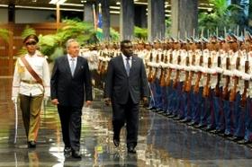 Raúl recibió al primer ministro de Islas Salomón, Gordon Darcy Lilo.