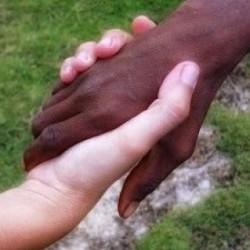 En los últimos  15 años el movimiento de los afrodescendientes ha puesto en la agenda de muchos gobiernos y organismos internacionales esa problemática.